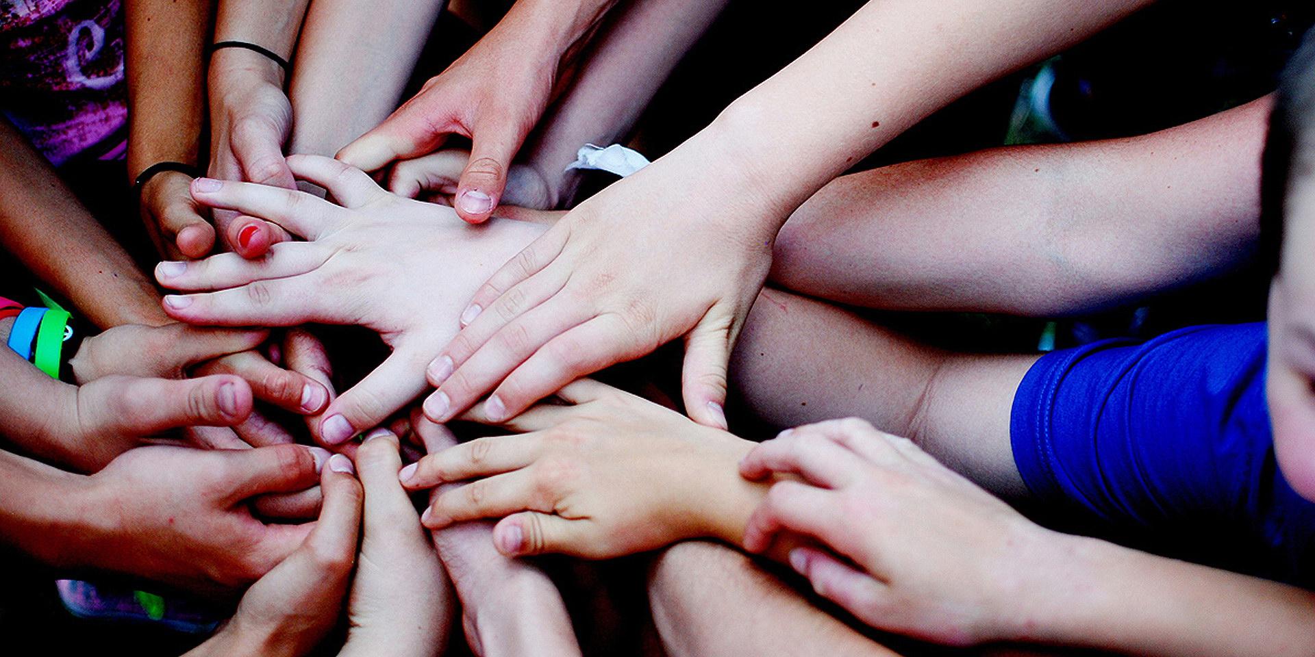 Kézre kéz