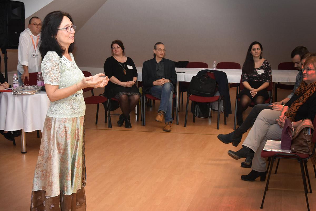Kraulis Mónika, előadó, a Hebe Kft. ügyvezetője